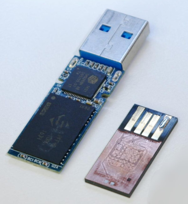 USB flash drive: monolith vs PCB with separate components